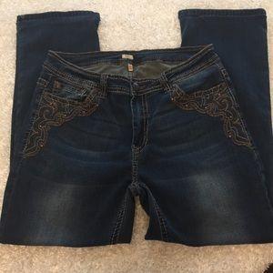 Reba Straight Leg Jeans A020